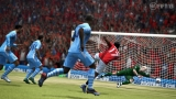 FIFA 13 /120605FIFA13_Hart_save_WM.jpg